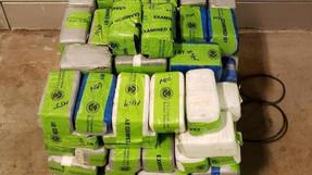 142 libras de metanfetamina y heroína encontrada en  carga de zanahorias en cruce fronterizo (Texas)