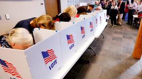 Casi 350,000 votantes muertos aún están en listas, votantes dobles emitiendo múltiples boletas.