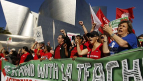 LA Teachers 'Union: Plan de reapertura escolar de California' Racismo estructural '.