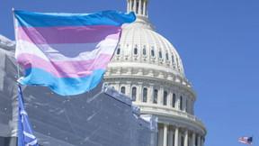 ACLU quiere borrar los sexos masculino y femenino de los documentos de identidad, agregar 'X'.