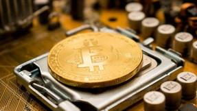 Caída de más del 20 % del bitcóin vuelve a despertar dudas sobre su auge.