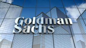 Goldman Sachs avisa a sus inversores que el oro alcanzará los 2.300 dólares en 2021.