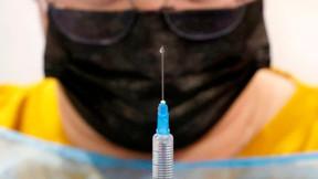Papa Francisco condena el 'negacionismo suicida' tras la negativa a vacunarse contra el C-19.