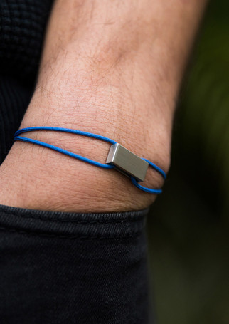 Pack Beresheet - Brushed silver + blue cord (thick)