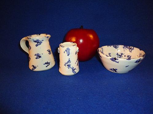 Mary Lincoln, Ardmore Pottery, Waterford, Ireland Stoneware Spongeware