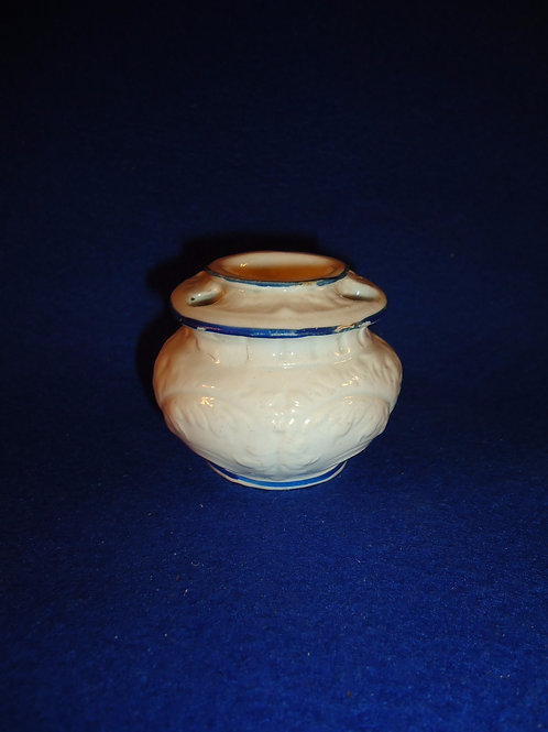 Blue and White Stoneware Inkwell with Embossed Feather Work