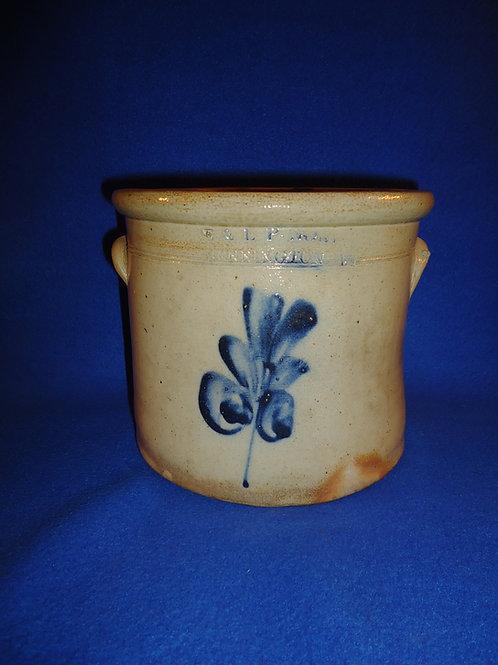 E. &  L. P. Norton, Bennington, Vermont 1 Gallon Crock with Leaf #5883