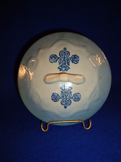 Blue and White Stoneware Lid for the Bowknot Covered Soap Dish