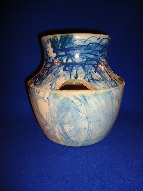 """Hen and Chick"" Blue and White Spongeware Stoneware Planter"