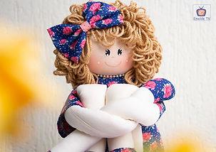 Boneca Helena - Patrícia Nazário 06 Int.jpg