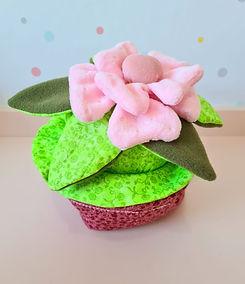 menina flor 2.jpg