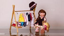 Bonecas Bruninha e Beatriz 02 Int.jpg