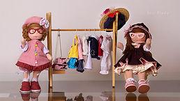 Bonecas Bruninha e Beatriz 01 Int.jpg