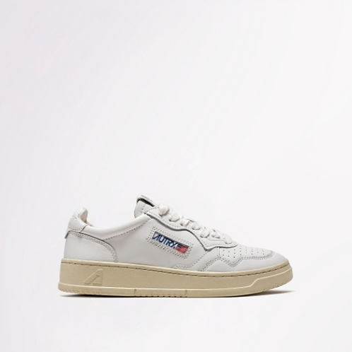 AUTRY Action Shoes - Autry 01 Low Wom Leather/White