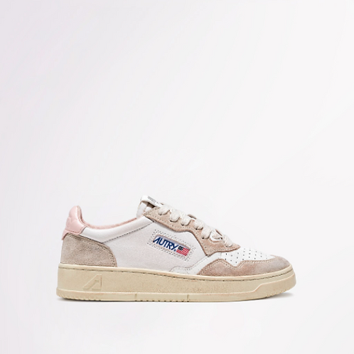 AUTRY Action Shoes - Autry 01 Low Wom Leather Crack White / Pow