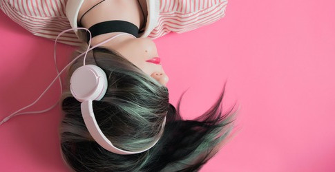 How Listening To Music Can Help You Improve Your Health?