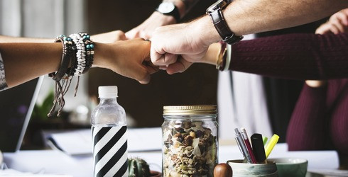 why-corporate-culture-and-team-building-succeeds?