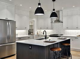 1335Parkhurst-Kitchen2.jpg