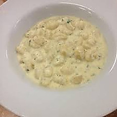 Homemade Gnocchi with 4 cheeses