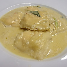 Homemade Ravioli with Lobster and Crab with butter and sage