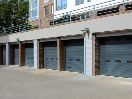 Commercial and Residential Garage Doors – Three Differences