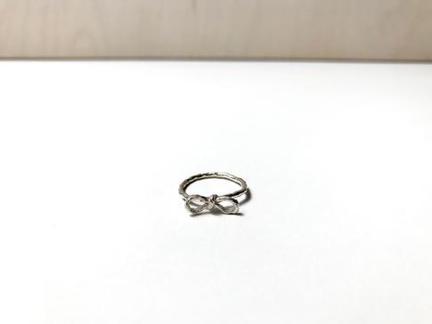 prsteň Twisted 04