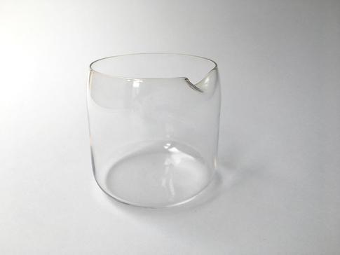 pohár Mind transparentný
