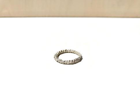 prsteň Twisted 01