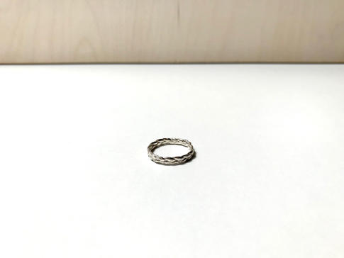 prsteň Twisted 05