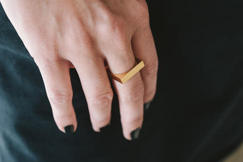 prsteň Vespertine Square