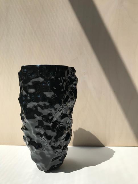 váza IN 2/28 čierna