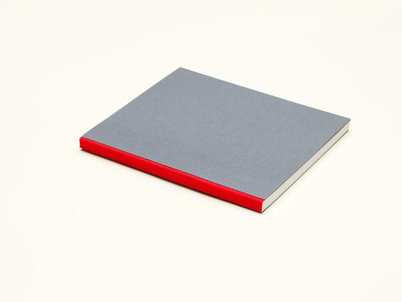 zápisník Unique svetlošedo-červený