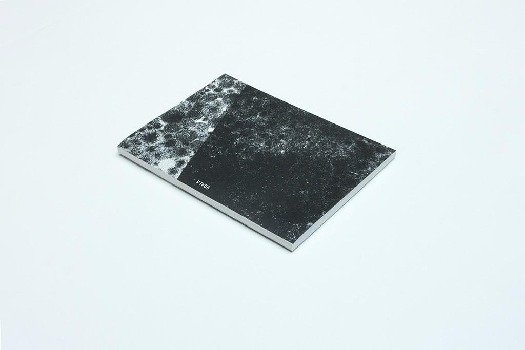 zápisník Diagonal čierno-biely