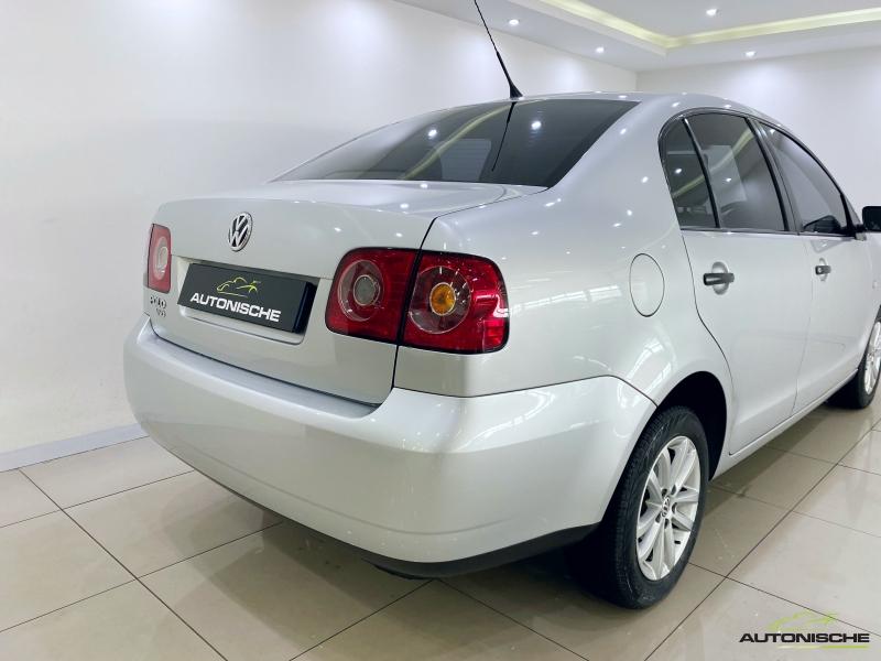 2013 VW Polo Vivo Sedan 1.4 Auto Trendlinen1