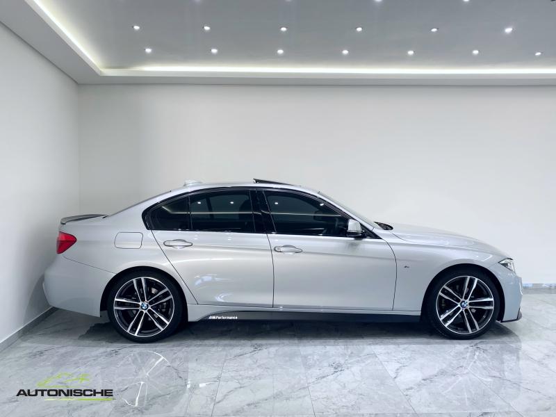 2018 BMW 320i M-Sport Auto LCi