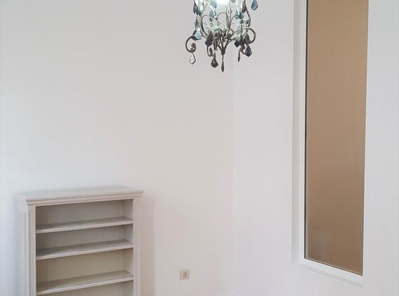 Salon_et_fenêtre_interieure.jpg