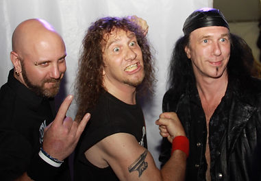Anvil_backstage_at_the_2010_Independent_