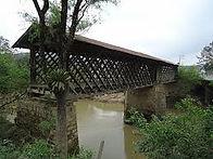 Ponte em madeira em Taió/SC, cidade-sede da empresa Maquinafort