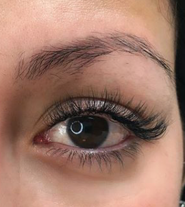 Natural Volume Lash Extensions