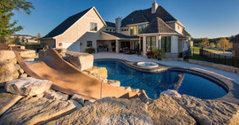 Amazing Home Swimming Pool and Hot Tub