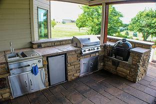Outdoor Kitchen Luxury.jpg