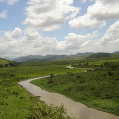 Rio Inhomirim 2.jpg