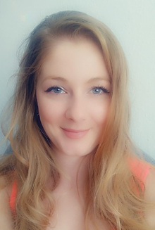 Melanie Profil 2.png