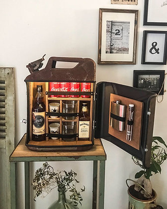 Jerrican bar