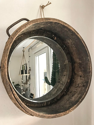 Miroir boisseau en vieux bois