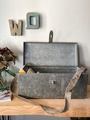 Ancienne caisse à outils