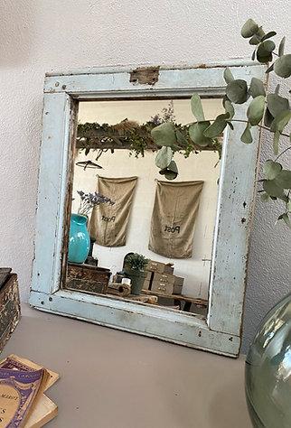 Miroir fenêtre de ferme
