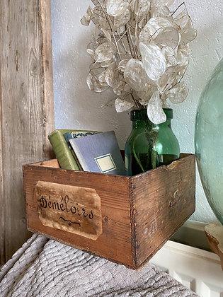Boîte ancienne «démêloirs»