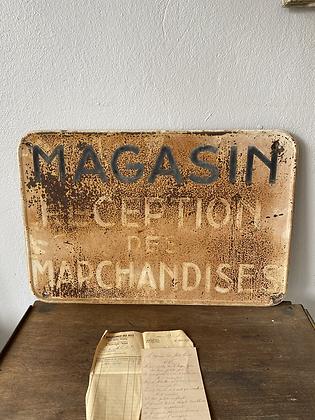 Plaque ancienne de magasin en métal