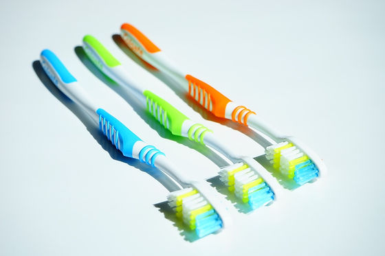 tooth-brushes-1117266_1280.jpg